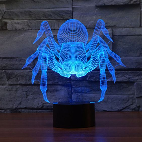 مصباح على شكل عنكبوت باللون الأزرق