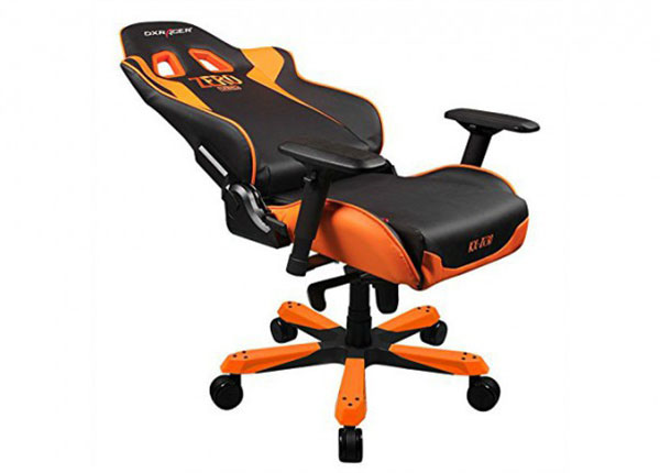 """مقعد """"دي اكس ريسر"""" باللون الأسود و البرتقالي"""