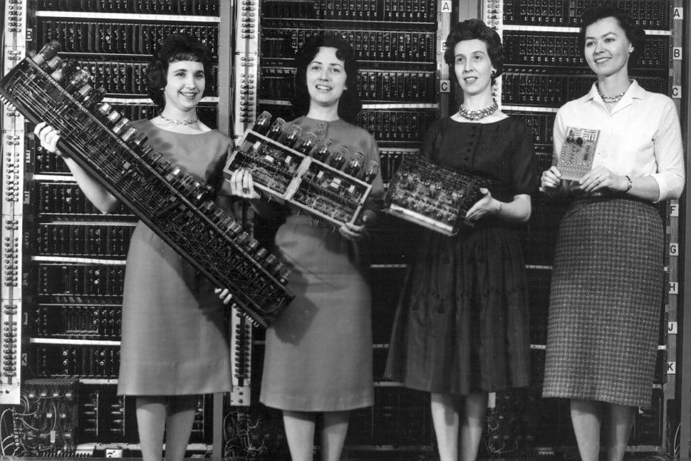 Photo of أشهر 5 نساء في عالم البرمجة في التاريخ