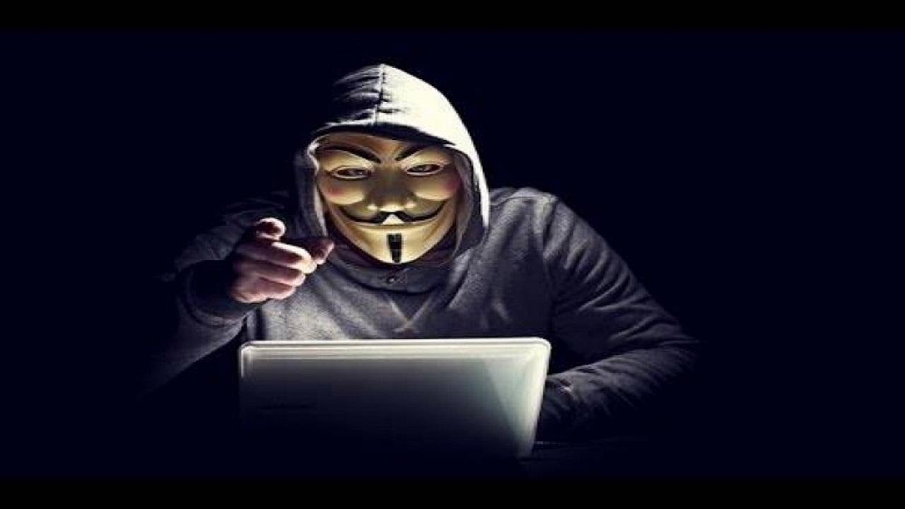 Photo of الهاكرز Hackers .. يصنفون حسب ألوان قبعاتهم في عالم الحواسب