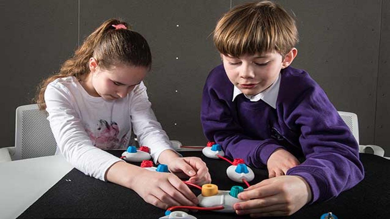 تعرف على منصة جوجل لتعليم الأطفال البرمجة باللعب