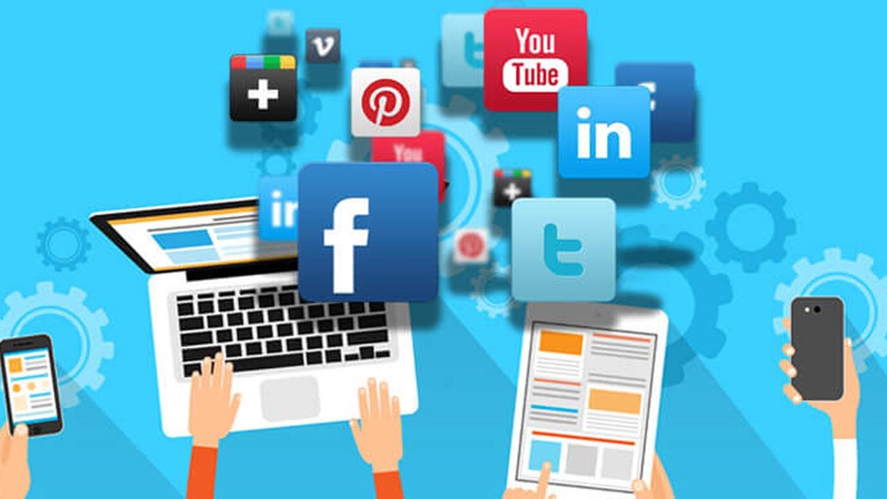 Photo of أدوات تساعدك على إدارة حساباتك في وسائل التواصل الإجتماعي بأقل مجهود