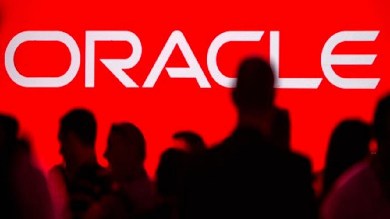 """أضخم شركة في عالم التقنيات """" أوراكل """""""