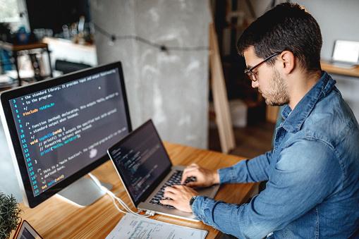 أهم التطبيقات لتعلم البرمجة